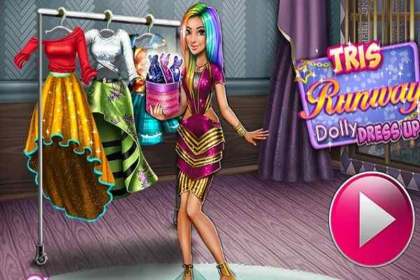 Play Tris Runway Dolly Dress Up