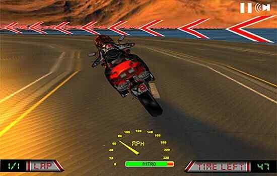 Play Hardcore Moto Race