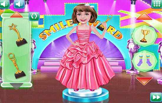 Play Andrea Smile Award